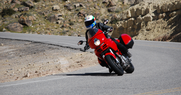 Ducati Multistrada 1000DS in a corner